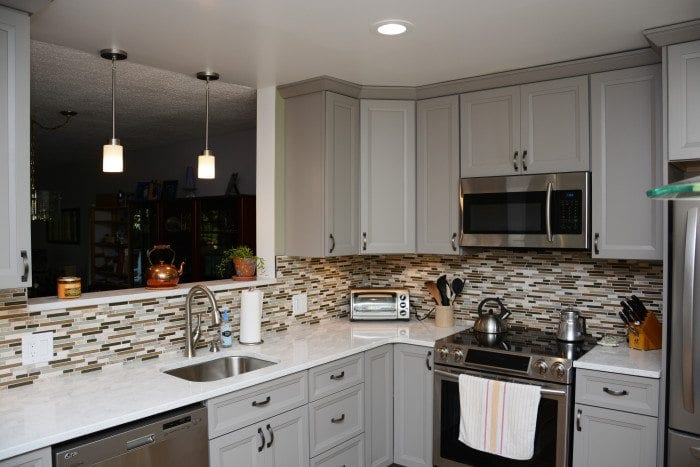 Should I Stagger My Kitchen Cabinets