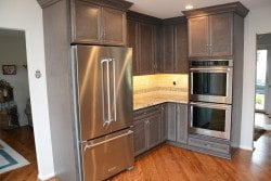 dark-kitchen-cabinets